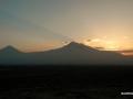 ATARDECER EN EL MONTE ARARAT, ARMENIA