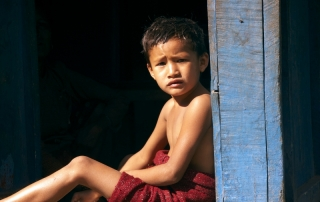 NIÑO EN BHAUNDANDA