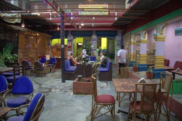 PHULWAREE RESTAURANT AND SAMI CAFE EN VARANASI